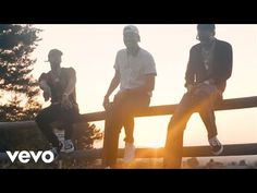 Video: Tuki Carter ft. Wiz Khalifa & Chevy Woods - Flowers and Planes - Nah Right | Nah Right