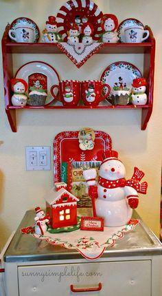 A cozy cottage Christmas tour part one, snowmen
