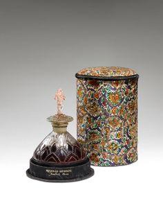 Lot: 1923 J.Viard - Hudnut Deauville bottle, Lot Number: 0150, Starting Bid: $4,000, Auctioneer: Perfume Bottles Auction, Auction: Perfume Bottles Auction, Date: May 5th, 2017 CDT