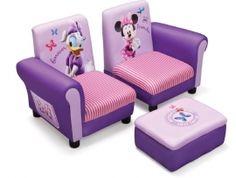 Deze ;zachte, solide ;3-delige Disneyset ;bestaat uit 2 stoeldelen (die tesamen een ;sofa vormen) met een ;poef/hocker. De poef is voorzien van handige opslagruimte voor spulletjes.