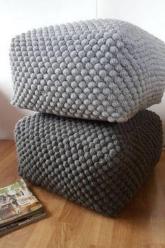 crochet bleu vert blanc gris pouf ottoman pouf en tricot