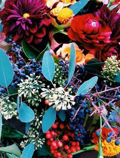 kella cuadra floral design / via @Justina Blakeney.