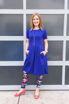 Fun leggings with a solid color Amelia and kitten heels - Lularoe outfit ideas & inspiration Leggings And Heels, Dresses With Leggings, Lula Outfits, Fashion Outfits, Modesty Fashion, Lularoe Amelia Dress, Short Sleeve Dresses, Clothes For Women, My Style