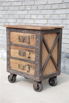 Give Your Rooms Some Spark With These Easy Vintage Industrial Furniture and Design Tips Do you love vintage industrial design and wish that you could turn your home-decorating visions into gorgeous reality? Well, you can do just that Industrial Interior Design, Vintage Industrial Furniture, Industrial Interiors, Rustic Industrial, Rustic Furniture, Furniture Design, Furniture Ideas, Industrial Decorating, Adirondack Furniture