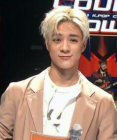 NCT Imagines - Dreamies Reaction: Falling for a Fan at a Fanmeet! Jeno Nct, Winwin, Nct Dream, Nct 127, Kpop, Wattpad, Fanfiction, Imagines, Taeyong