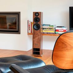 The PMC Twenty5 26 speakers are the flagship model in the range and will fill medium to large rooms with an exceptional level of sound. Lifestyle.
