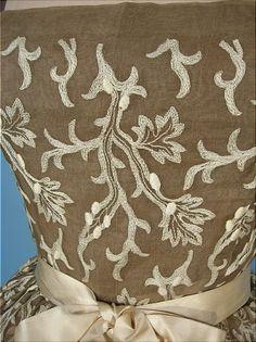 Detail - c. 1955 Rare, Traina-Norell