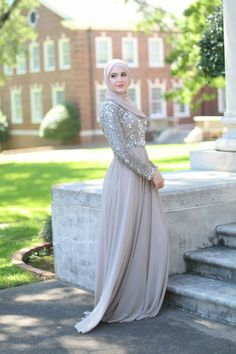 10 Best Muslim prom dresses images  546ca8bd0757