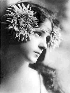 Evelyn Nesbit  Vintage photography