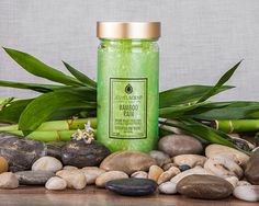 ***Bamboo Rain Aroma Beads*** Enjoy the fresh fragrance of a watery floral intertwined with a modern clean bamboo heart and a smooth, musky hyacinth background. Soy Candles, Scented Candles, Yankee Candles, Jewelry Bath Bombs, Aroma Beads, Jewelry Candles, Wax Tarts, Luxury Candles, Candle Shop