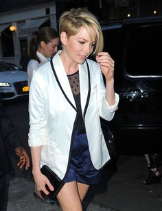 Michelle Williams Got A HaircutMichelle Williams Got A Haircut  Cute or not?