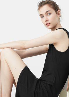 Приталенное платье из трикотажа в рубчик -  Женская | MANGO МАНГО Россия (Российская Федерация)