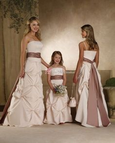 Brautkleid oder Brautjungfernkleid?