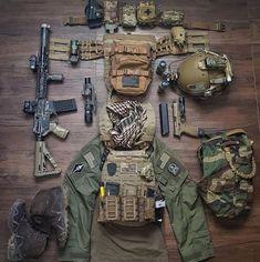 Tactical Survival, Survival Gear, Tactical Gear, Bushcraft Gear, Homestead Survival, Airsoft Girls, Airsoft Gear, Combat Gear, Combat Shirt