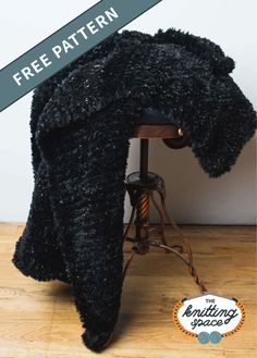Relax at home five-star style and make this Allison Sparkle Knit Afghan. This faux fur-made piece is super cozy, it's perfect for chilly days and will surely keep you warm as you lounge in your favorite spot.this easy pattern is ideal for beginners to tackle. | Discover over 5,500 free knitting patterns at theknittingspace.com All Free Knitting, Winter Knitting Patterns, Dishcloth Knitting Patterns, Knitted Afghans, Knitting For Beginners, Easy Knitting, Knitted Blankets, Star Fashion, Knitting Projects