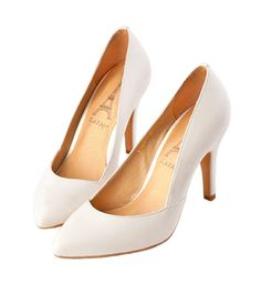 Grace giftGrace gift 官方購物網站 - 純色不規則曲線尖頭細高跟鞋