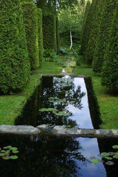 Les Jardins de Quatre-Vents.  I want this garden so bad.  Can you tell?