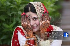 Sanam Baloch wedding photos of nikah days shes wearing red and white dress having Mehndi on her beautiful hands. Sanam Baloch Wedding, Red And White Dress, Pakistani Models, Designs For Dresses, Pakistan Fashion, Bride Look, Beautiful Bride, Wedding Pictures, Fashion Show