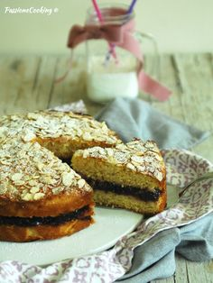 Torta con farina di mais, ricotta e miele  http://blog.giallozafferano.it/passionecooking/torta-farina-mais-ricotta-miele/
