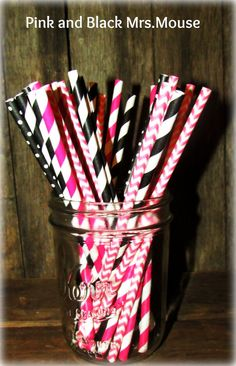 Hey, I found this really awesome Etsy listing at https://www.etsy.com/listing/178556188/pink-and-black-mixed-paper-straws-minnie