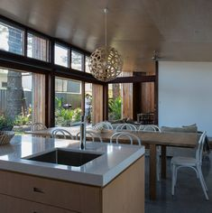 Beautiful City Home by Bourne Blue Architecture plywood kitchen living room ceiling Sustainable Architecture, Interior Architecture, Interior Design, Residential Architecture, Louvre Windows, Casa Patio, Timber Cladding, Chaise Vintage, New Living Room