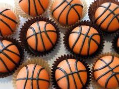 basketball cake pops!