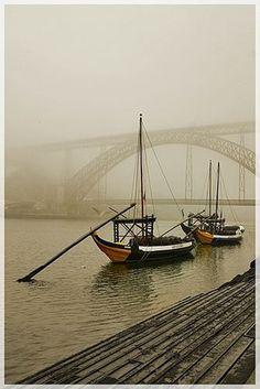 crescentmoon06:  Manha de nevoeiro…Porto