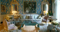 John Stefanidis ~ Drawing room in London's Belgravia by John Stefanidis (Photo: Fritz von der Schulenburg)
