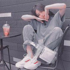 Gray Aesthetic, Korean Aesthetic, Aesthetic Photo, Aesthetic Girl, Aesthetic Pictures, Korean Girl Photo, Korean Girl Fashion, Cute Korean Girl, Cute Kawaii Girl