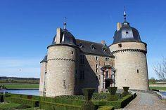 Chateau de Lavaux-Sainte-Anne, #Belgium #castle #beautifulplaces