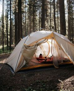 Would you like to go camping? If you would, you may be interested in turning your next camping adventure into a camping vacation. Camping vacations are fun Camping Ideas, Camping Hacks, Camping Life, Family Camping, Outdoor Camping, Camping Cooking, Camping Friends, Camping Outdoors, Camping Kitchen