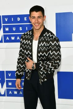 Nick Jonas wearing Louis Vuitton Men's Spring-Summer to the 2016 MTV Video Music Awards at Madison Square Garden in NYC.