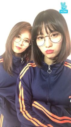 Kpop Girl Groups, Korean Girl Groups, Kpop Girls, Fandom, K Pop, Tzuyu Body, Twice What Is Love, Warner Music, Sana Momo