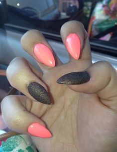 Pointed nails. Nail colors inspiration. Mix prints with plain nails.