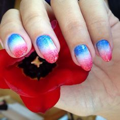 Nails of the week: All American red, white and blue gradient