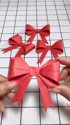 Paper Crafts Origami, Diy Origami, Origami Tutorial, Origami Folding, Christmas Origami, Christmas Crafts, Diy Arts And Crafts, Crafts For Kids, Origami Videos