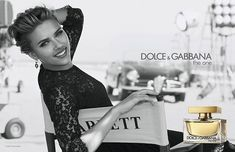 Scarlett Johansson et Matthew Mcconaughey pub Dolce & Gabbana