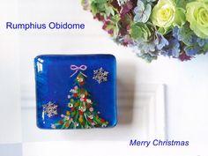 Blue Christmas 新作帯留|Rumphius 帯留作り&着物ダイアリー♪