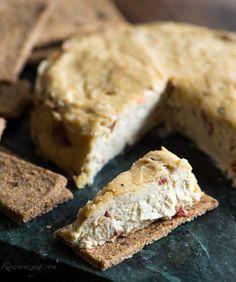 Roasted Garlic Vegan Cheese @Rawmazing.com
