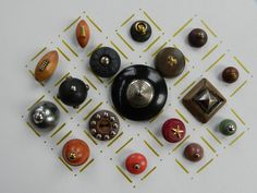 16 Vintage Wooden Buttons with Brass White Metal Embellisment | eBay
