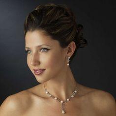 Charming Pearl And Rhinestone Wedding Jewelry set!