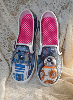 Hand painted STAR WARS BB-8 and R2-D2 slip on canvas by vivalabeka