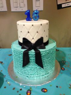 Sweet 16 cake from The Cake Market