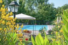 Prachtig vakantiehuis in Le Marche. Deze woning voor max. 10 personen is te huur via onze website en heeft o.a. de beschikking over een eigen zwembad.
