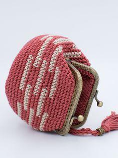 Crochet Coin Purse, Crochet Wallet, Handmade Crochet Wallet, Cute Purse, Purse With Frame, Coin Purse, Kiss Lock Coin Purse by PeriplekinArt on Etsy Crochet Wallet, Crochet Coin Purse, Crochet Bags, Free Crochet, Knitted Beret, Knitted Gloves, Crochet Butterfly, Chunky Wool, Coin Purse Wallet