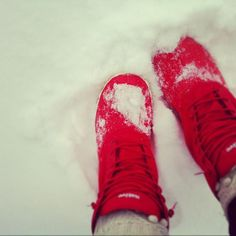 Yessssss! Winter. Homemade, Sneakers, Winter, Shoes, Fashion, Tennis, Winter Time, Moda, Slippers