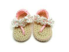 Crochet Baby Shoes Baby Shoes Crochet Baby Flip Flop por WoodNHook