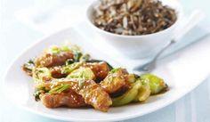 Ce repas à inspiration asiatique est facile à apprêter, peu importe le temps de l'année. Vous avez probablement tous les ingrédients à portée de la main, alors qu'attendez-vous pour préparer ce met rapide et abordable? | Le Poulet du Québec