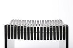 hocker aus kompaktplatte egger gr n sitzgelegenheiten. Black Bedroom Furniture Sets. Home Design Ideas