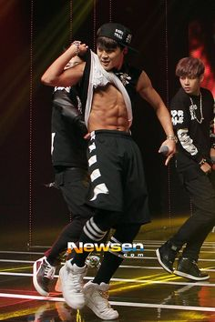 Jimin that's right be jekous of my boyfriends abs...